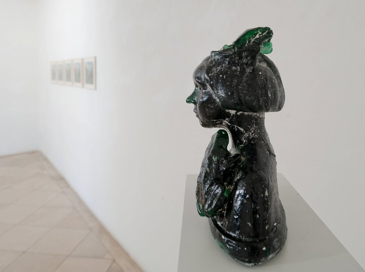 transformation is rather painful – he never intended to kiss / cast glass / Mürzzuschlag 2009